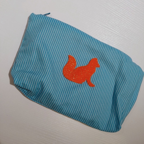 SEWING: BEGINNERS - MAKE A PENCIL CASE OR PURSE (9 years old+)