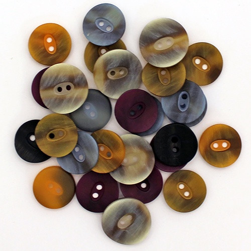 Abbey Buttons: Polyester Light Concave 2 Hole Rowan Big Wool