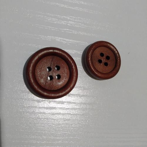 Corozo: Dark wood 4 hole