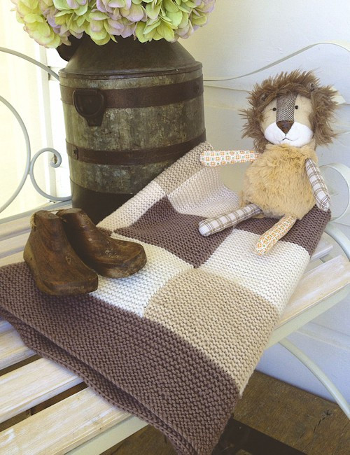 Touch yarns: Patchwork baby blanket 045