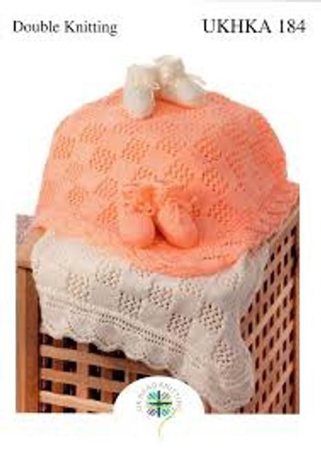 UKHKA 184 Baby blanket & booties