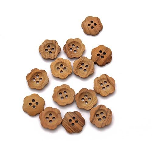 Abbey Button: Italian Buttons Flower Wooden