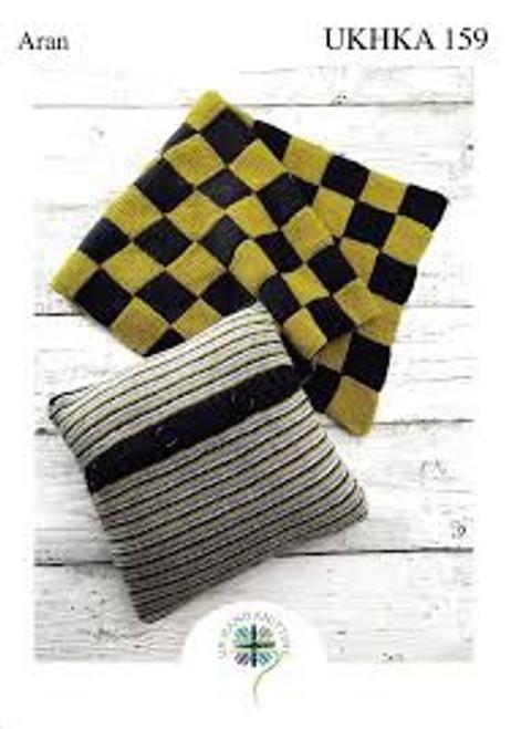 UKHKA 159 Blanket & Cushion in Aran