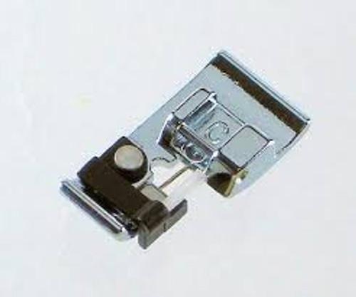 Janome: Overlock Foot (c) 7mm with brush