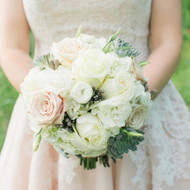 Finding the Perfect Wedding Reception Flowers