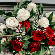 What You Should Order for Casket Flowers