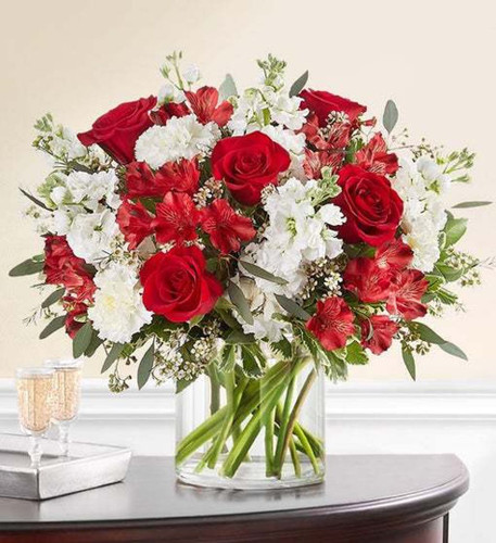 Chicago CRIMSON ROSE™ BOUQUET