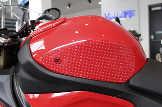 "BMW S1000RR 2019-2021 Eazi-Grip ""EVO"" Traction Tank Grip Pads"