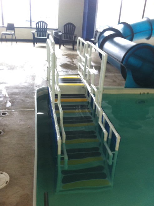 Aquatrek2 ADA 7-Tread Ladder System