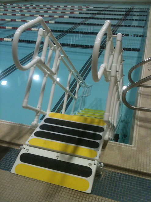 Aquatrek2 ADA 6-Tread Step System