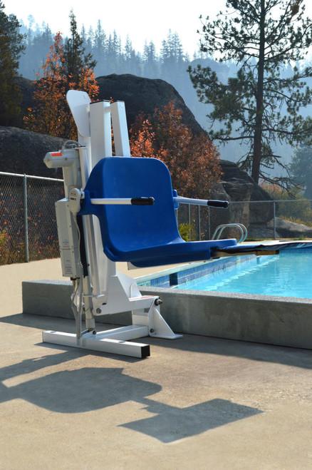 Ambassador Pool Lift for Extended Reach Aqua Creek