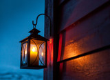 7 Factors to Consider When Choosing Outdoor Lighting