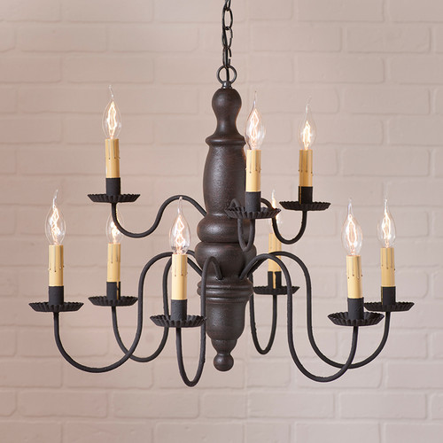 Irvin's Fairfield Wooden Chandelier In Americana Black