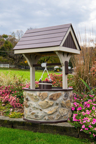 Amish Handcrafted Stone & Poly Wishing Well - Jumbo