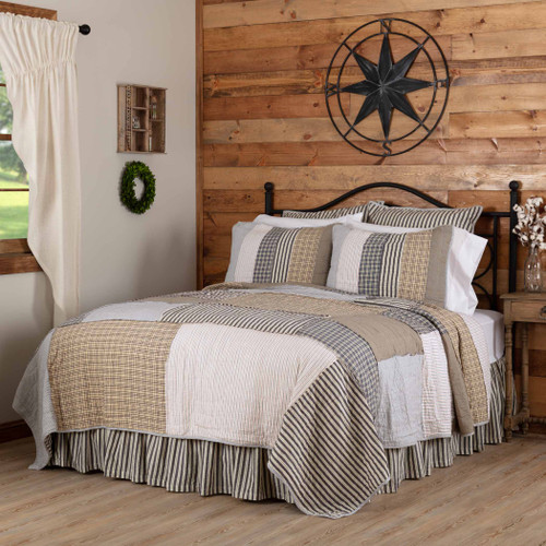 Ashmont Quilt by VHC Brands