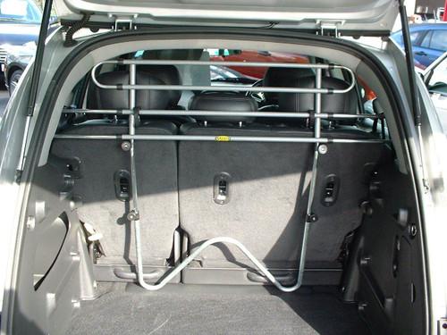 Saunders T94 Dog Guard For Toyota Avensis Hatchback 2003 - 2008