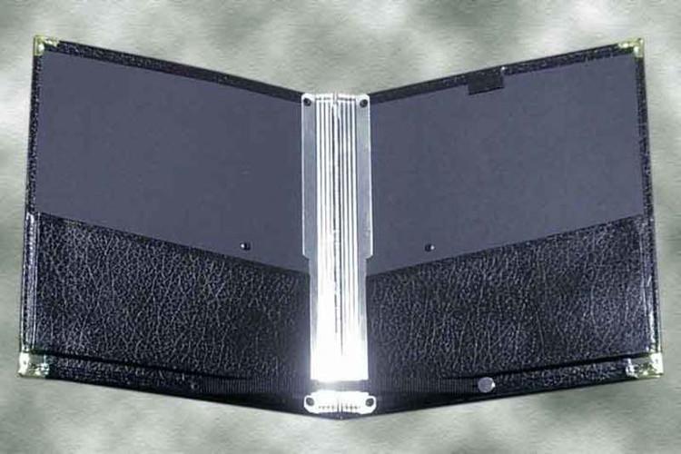 CHORAL FOLDER 10 1/16 X 12 ½ BUTTON STRAP TBF