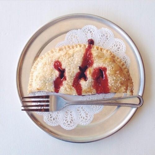 Cherry Pocket Pies (min. 6)