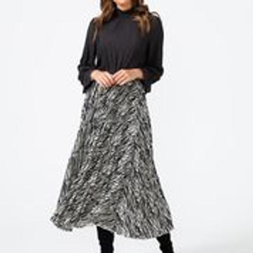 Alias Pleated Skirt - Black Willow