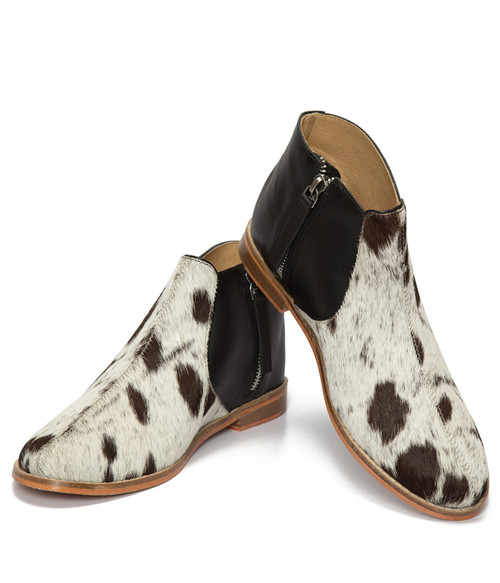 Jersey Harion Flat Boot - Black And White