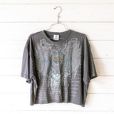 """-Gray -Crew Neck -Jacksonville Jaguars Graphic -Distressed -Short Sleeve -Cropped -T-Shirt  Size Large  Material: Unknown  Clothing Measurements: Bust: 23' Length: 21"""" Sleeve Length: 9"""""""