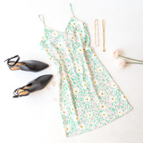 -Pink and Green -Daisy Print -V-Neck -Spaghetti Straps -Adjustable -Slight Stretch -Unlined -Dress  Model is Wearing Size Small  Material: 100% Polyester  DR9027 DRESS PNKF