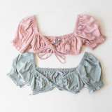 -Mauve Color -Ties in Front -Elastic Puff Sleeve  -Ruffle on Sleeve -Sweetheart Neckline -Ruched Neckline -Bandeau/Crop Top  Materials: 100% Cotton  HF22A046 CROP PNK