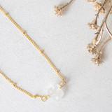-Gold Chain -Quartz Stone in Middle -Clasp Closure -Choker -Necklace   0421 CHOKER QUARTZ 12