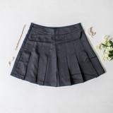 -Black Color -Zipper Closure -Pleated -Tennis Skirt -Skirt  Materials: 100% Polyester  HF22A771 SKIRT BLK