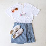 -White Color -Disneyland Embroidery Patch on Front -Crew Neck -Short Sleeve -Long Fit -Tee Shirt  Materials: 100% Cotton  DISNEY TEE WHT
