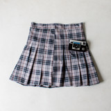 -Grey Plaid Skirt -Pleated  -Back Zipper Closure -Lined with Shorts -Skirt  Materials: 100% Polyester  CS5074 SKIRT GRYP