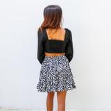 -Black Color -Ties in Front -Smocked Elastic Back -Elastic Shoulders -Balloon Sleeves -Deep Neckline -Crop Top -Top  Materials: 100% Cotton  HF22A146 TOP BLK