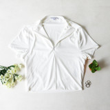 -White Color -Collared Shirt -Zipper in Front -Short Sleeves -Fabric Stretches -Crop Rop  Materials: 95% Polyester | 5% Spandex  IT91680 TEE WHT