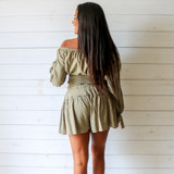 -Olive Color -Elastic Waist -Drawstring Waist -Ruffle Along Middle -Fabric Stretches  -Two Piece Set -Shorts  Materials: 100% Cotton  HF22A406 SKIRT OLV
