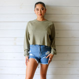 -Olive Green Color -Waffle Knit Texture -Crew Neck -Raw Hem -Boxy Fit -Long Sleeve -Top  Materials: 60% Polyester | 32% Rayon | 8% Spandex  DZ21E954 TOP OLV