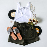 -Olive Green Color -Corduroy Pattern -High Waisted -5 Buttons Up Front -Front Pockets -Paperbag Top -Shorts  Materials: 97% Cotton | 3% Cotton  P6014 SHORT OLV