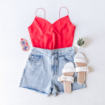 -Red -Spaghetti Straps -Crop Top -V-Neck -Fitted -Unlined -Runs Large -Comes in 3 Colors  Model is Wearing Size Small  Material: 95% Polyester 5% Spandex  T11481 TANK RED