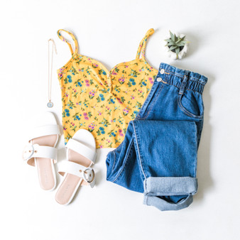 -Marigold -Floral -Spaghetti Staps -Buttons -Ribbed -Crop -Tank  Model is Wearing Size Small  Material: 96% Polyester 4% Spandex  TM32876B CROP YELF