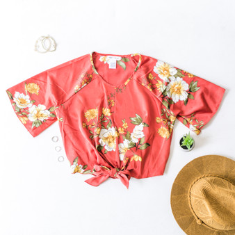 -Red -Floral -Front-Tie -Short Sleeve -Unlined  Model is Waring Size Small  Material: 100% Polyester  T3223 TEE REDF