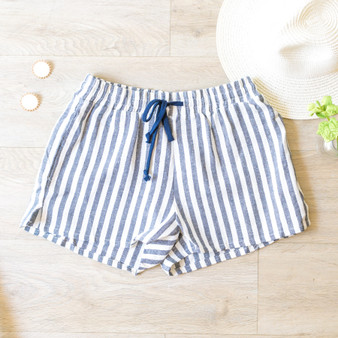 -Navy -Stripes -Drawstring -Pockets -Shorts -Comes in 3 Colors  Material: 55% Linen 45% Cotton  WP36900VS SHORT NVYS