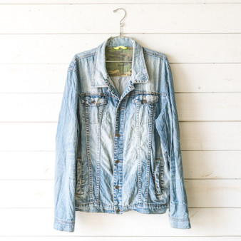 "-Silver Studs -Buttons -Collar -Pockets -Denim -Jacket  Size XXL  Material: 97% Cotton 3% Cotton  Clothing Measurements: Bust: 24"" Length: 28"" Sleeve Length: 27"""