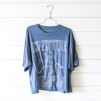 """-Blue Gray -Led-Zeppelin Graphic -Cropped -Short Sleeve -T-Shirt  Size XXL  Material: 100% Cotton  Clothing Measurements: Bust: 25"""" Length: 25"""" Sleeve Length: 10"""""""