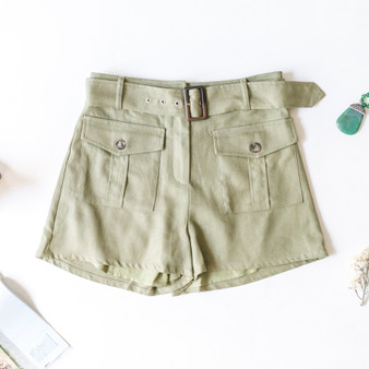-Army Green -Belt -Belt Loops -Pockets -Buttons -High-Waist -Lined -Shorts -Comes in 2 Colors   Material: Self: 50% Linen 45% Cotton 5% Polyester Lining: 100% Rayon  S05001 SHORT GRN