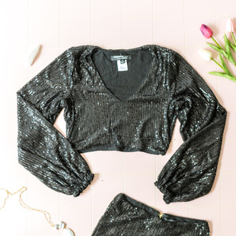 -Black -Sequins -V-Neck -Long Sleeve -Hook and Eye Clasp -Zipper -Lined -Crop -Top -Set  Material: Self: 58% Nylon 40% PET 2% Spandex Lining: 95% Polyester 5% Spandex  ST22061 CROP BLKSQ