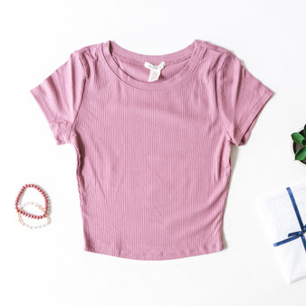 -Mauve -Ribbed -Short Sleeve -Fitted -Tee -Comes in 2 Colors  Material: 93% Rayon 7% Spandex  T42225 TEE PRP
