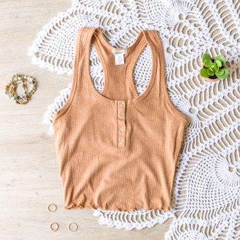 -Marigold -Ribbed -Snap Closure -Lettuce Edge Hem -Eraser Back -Tank -Fabric Stretches -Comes in 4 Colors  Material: 61% Polyester 32% Rayon 7% Spandex  RT62224 TANK YEL