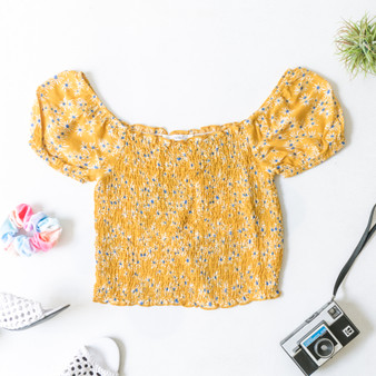 -Mustard -Floral Print -Short Sleeve -Ruffle Hem -Fabric Stretches -Unlined -Top -Comes in 2 Colors  Material: 100% Rayon  TT5028B TOP YELF