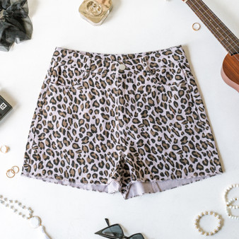 -Lavender -Brown and black leopard print -Front and back pockets -Belt loops -Zipper -Button -Raw hem -Fabric stretches -Shorts  Model is Wearing Size Small  Material: 100% Cotton  MP1648 SHORT PRPC