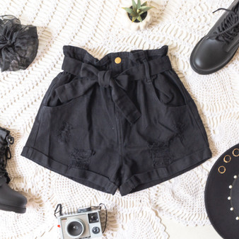 -Black -Denim -Distressed -Cuffed -High-Waist -Zipper -Button -Belt Loops -Fabric Does Not Stretch -Comes in 3 Washes -Shorts  Model is Wearing Size Small  Material: 100% Cotton  HF21E785 SHORT BLK