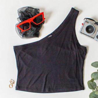 -Black Color -Striped Texture Pattern -Asymmetrical Neckline -One Shoulder -Fabric Stretches -Crop Top  Material: 94% Rayon | 6% Spandex  DZ21E204 CROP BLK